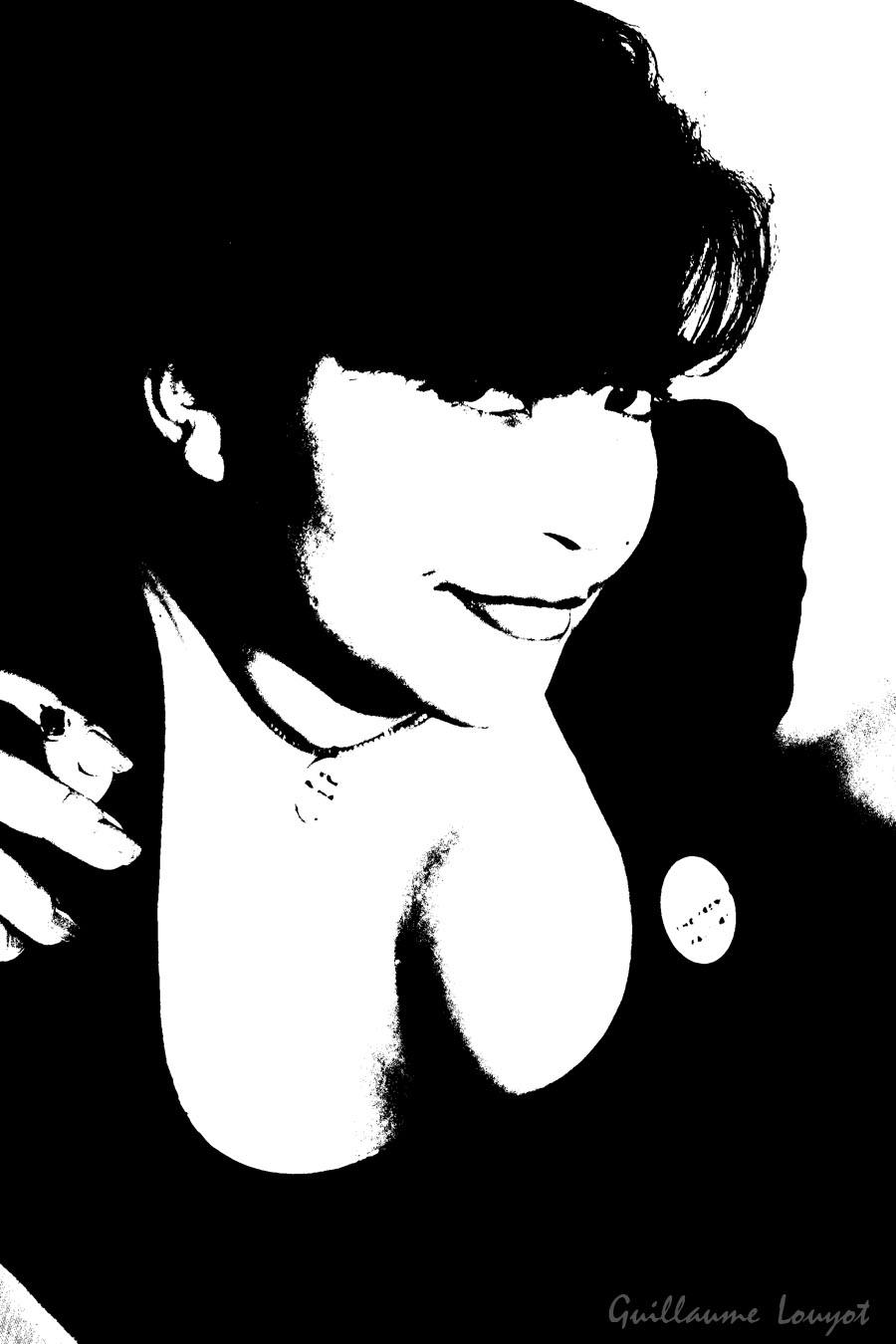 Black & white photo woman model