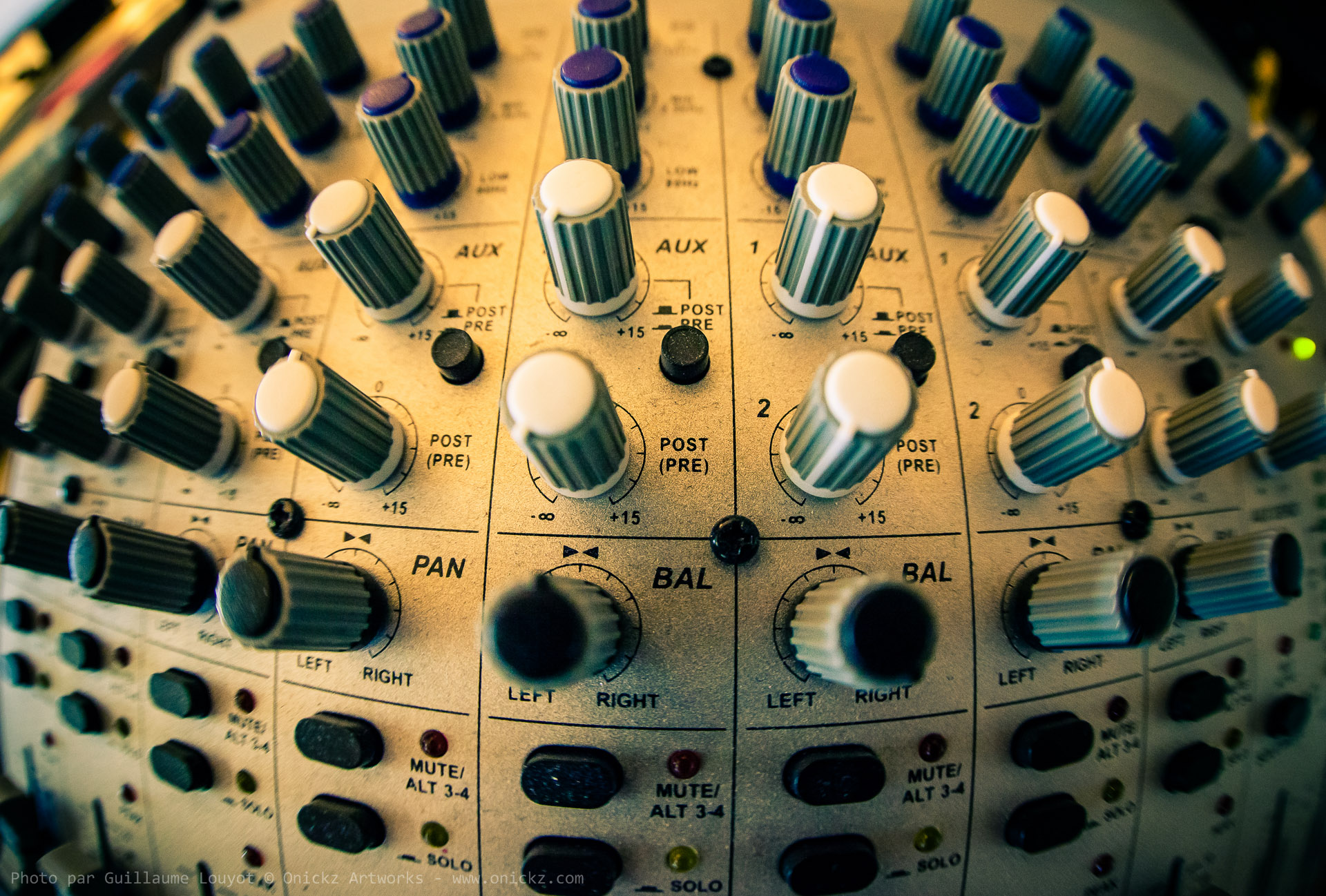 professional mixing device
